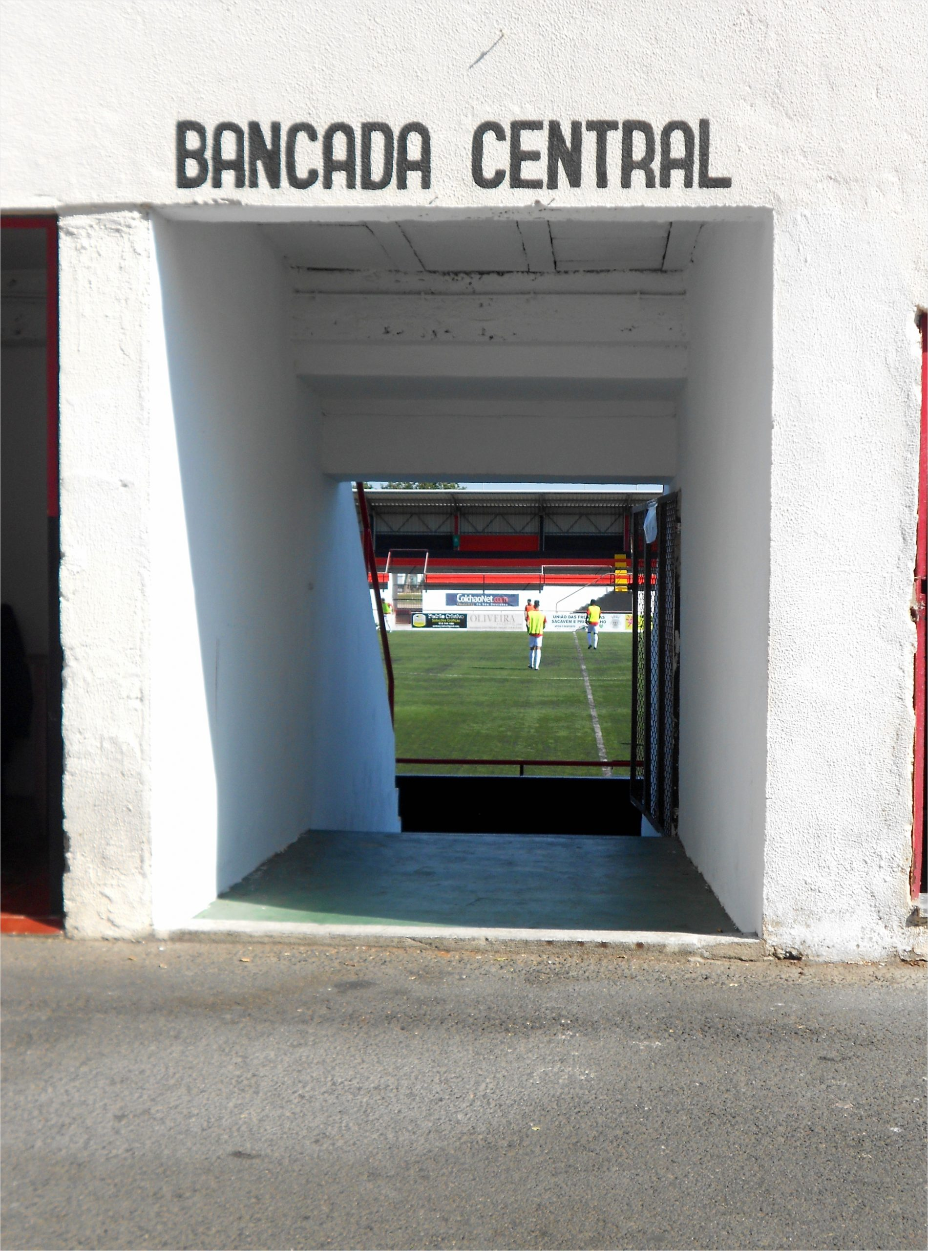 groundhoppend door portugal 11 de fanatiekste amateruclub van lissabon aayua